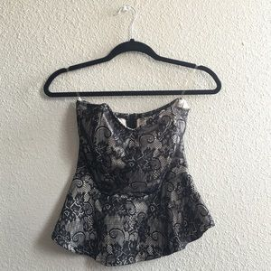 Strapless Lace Detail Waist Cinched Flowy Blouse